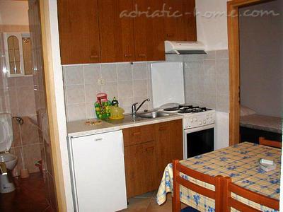 Apartmani LUKA 2.3 10041, Živogošće-Porat, , Splitsko-dalmatinska županija