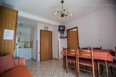 Апартаменти VITKOVIĆ III 10610, Cres, , Приморие-Горски Котар