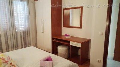 Apartamenty MARIJA  IV 10915, Brela, , Region Split Dalmacja