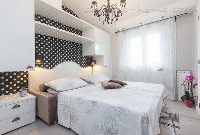 Apartamente VILLA MUCRUM 11084, Makarska, , Rajoni i Splitit/Dalmacisë