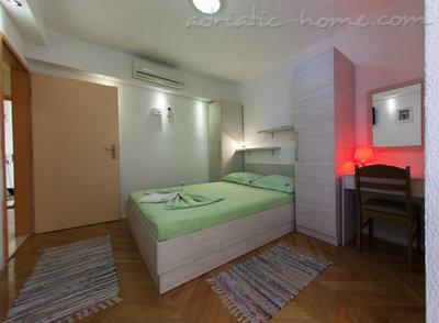 Апартаменты IVOP III 11313, Živogošće-Porat, , Сплит-Далмация