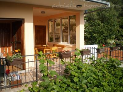 Апартаменты RITA 12409, Tivat, , Priobalni dio (Crna Gora)