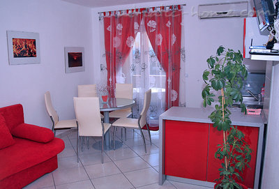 Апартаменти JAKIĆ 3+2b 12495, Tučepi, , Сплит-Далмация