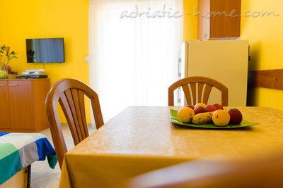 Квартира-студия Studio apartment in Villa Majda, Brsec 12638, Brseč, , Регион Кварнер