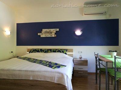 Pokoje PINO Blue 13280, Cres, Cres, Kvarner Region