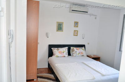 Apartamentos Bellevue - Otašević V 15420, Igalo (Herceg Novi), Herceg Novi, Priobalni dio (Crna Gora)