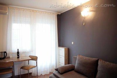 Apartmaji ZORKA IV 16114, Vodice, , Regija Šibenik