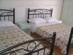 Lägenheter VILLA RINO IV **** Promajna 16131, Baška Voda, , Split-Dalmatien regionen