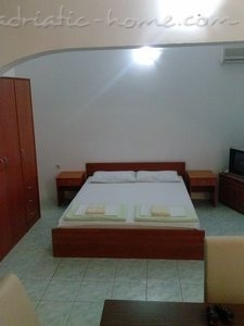 Studio Apartament IVANOVIC 1 (Petrovac) 16865, Petrovac, , Priobalni dio (Crna Gora)