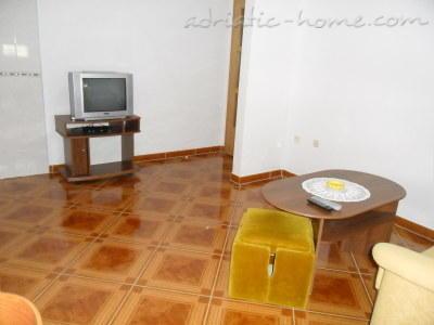 Apartamente Golija A6 17276, Grad Pag, Pag, Rajoni i Zarës