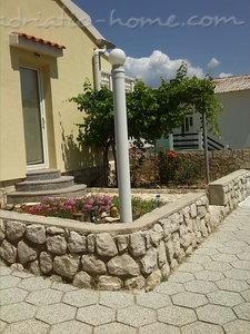 Апартаменти ORLIĆ 1757, Grad Pag, Pag, Задар