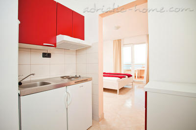 Studio apartment Brela-relax (2+1) 19658, Brela, , Region Split-Dalmatia