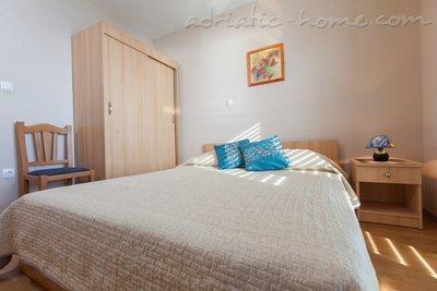 Apartamentos Vranješ -  4+2*** 20377, Brela, , Região de Split-Dalmatia