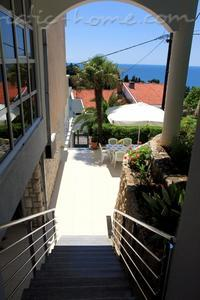 Апартаменты White Rose Apt 2 20833, Ulcinj, , Priobalni dio (Crna Gora)