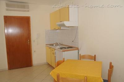 Apartamentos Vila Rozika 21685, Baška Voda, , Provincia Split-Dalmatia