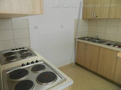 Apartmaji BISER D 22712, Bar, , Priobalni dio (Crna Gora)