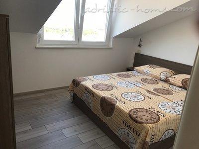 Apartments Apartmani Morska zvijezda 22940, Punat, Krk, Kvarner Region