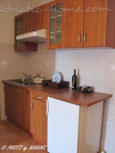 Apartmani PRVA MASLINA - apartman BRAČ 26277, Baška Voda, , Splitsko-dalmatinska županija