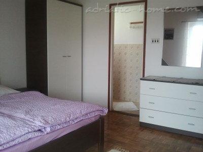 Leiligheter JAKOVČEV 26468, Murter, , Šibenik-regionen