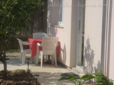 Apartmaji JAKOVČEV II 26474, Murter, , Regija Šibenik