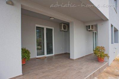 Апартаменти BORIS II 26489, Bečići, , Priobalni dio (Crna Gora)