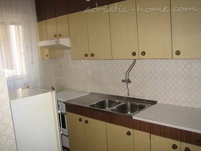 Apartamenty Rumac 26702, Ičići, , Kvarner Region