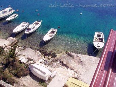 Apartments VILA IVO - A9 26876, Basina, Hvar, Region Split-Dalmatia