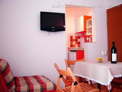 Studio Apartament Vila Maris 1/3C 27159, Petrovac, , Priobalni dio (Crna Gora)