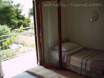 Apartamentos Vukusic, Sevid A3 (4+1) 27343, Trogir, , Região de Split-Dalmatia