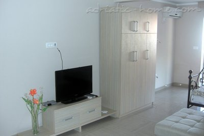 Studio apartman AURA 8 27490, Rafailovići, , Priobalni dio (Crna Gora)