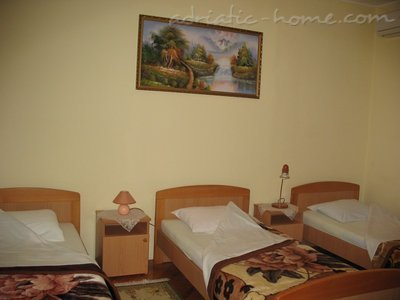 Стаи VEGA 27613, Igalo (Herceg Novi), Herceg Novi, Priobalni dio (Crna Gora)