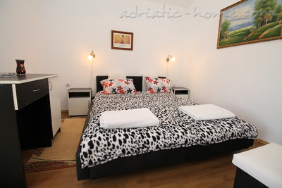Appartamenti VILLA MENDULE APPARTMENT 1  27620, Budva, , Priobalni dio (Crna Gora)