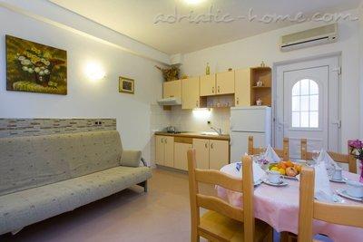Apartmány Villa Ivandic  27784, Promajna, , Splitsko-dalmatský kraj