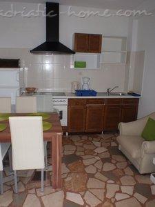 Апартаменти Makarska IV vacation home 28483, Makarska, , Сплит-Далмация