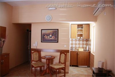 Studio apartma Adzic V 28563, Budva, , Priobalni dio (Crna Gora)