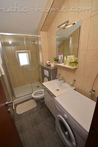 Apartamente Vojvodic Star II 29010, Đenovići (Herceg Novi), Herceg Novi, Priobalni dio (Crna Gora)