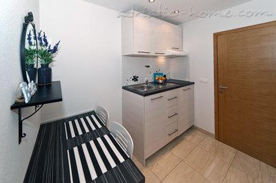 Apartamento estúdio Villa Medora, br.24 za 2 osobe  30683, Baška Voda, , Região de Split-Dalmatia