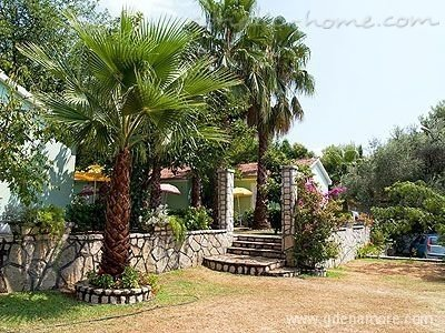 Apartments & Auto Camp Nirvana 31239, Kumbor (Herceg Novi), Herceg Novi, Priobalni dio (Crna Gora)