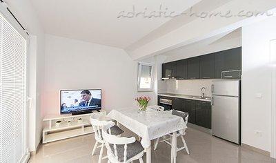 Апартаменти IRENA A4+2 31775, Tučepi, , Сплит-Далмация