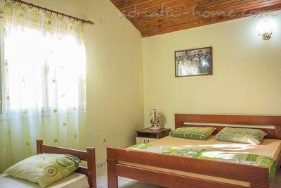 Apartamente & Auto Camp Nirvana 32234, Kumbor (Herceg Novi), Herceg Novi, Priobalni dio (Crna Gora)