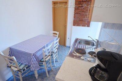 Apartamente Villa Barbara 3 32792, Rovinj, , Rajoni i Istrisë