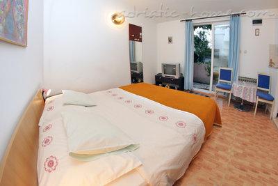 Apartamente SILVANA  App-2 33923, Makarska, , Regiunea Split-Dalmatia