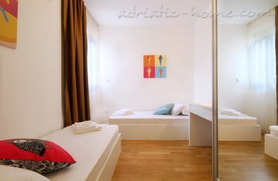 Leiligheter Sarap Apartments ****  33943, Budva, , Priobalni dio (Crna Gora)