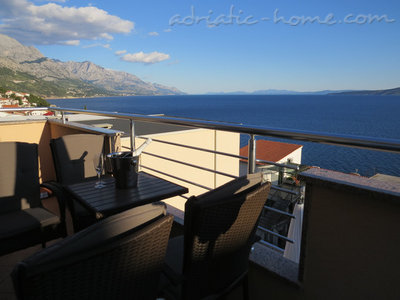 Апартаменти Luxury 4* Apartments Villa Dusanka 100m od Mora 34278, Pisak, , Сплит-Далмация