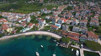 Apartments Vojvodic Star I B 34843, Đenovići (Herceg Novi), Herceg Novi, Priobalni dio (Crna Gora)