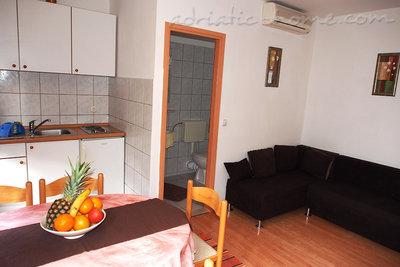 Apartamente A2 35579, Tučepi, , Regiunea Split-Dalmatia