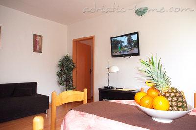 Leiligheter A2 35579, Tučepi, , Split-Dalmatia regionen