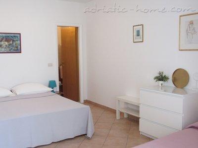 Апартаменти DIVNA-Studio apartman LUNA 35618, Baška Voda, , Сплит-Далмация