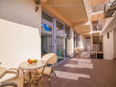 Apartamente RAYMOND-Apartman sa jednom spavacom sobom 35680, Pržno, , Priobalni dio (Crna Gora)