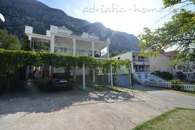 Apartmaji DELAC 3 35714, Kotor, , Priobalni dio (Crna Gora)